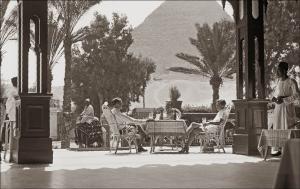 b_110-111_Grand-Hotels-Egypt1