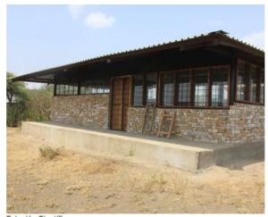 Estación Científica construido con materiales totalmente ecológicos y sostenibles.